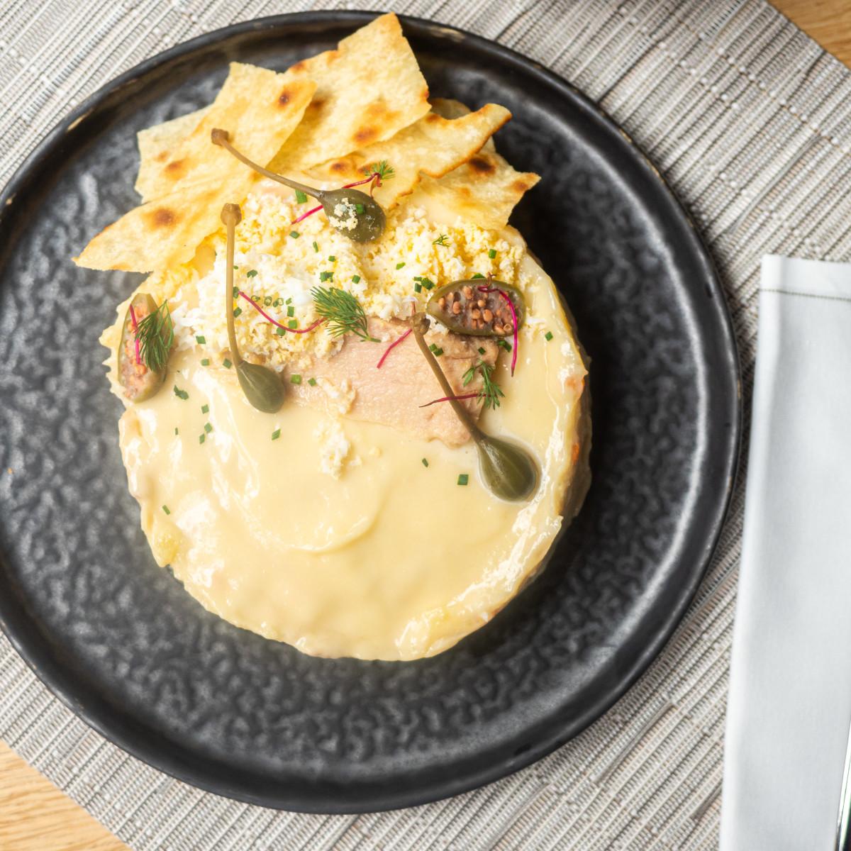 La Ensaladilla de Mint: patata, zanahoria, ventresca de atún, huevo y mayonesa