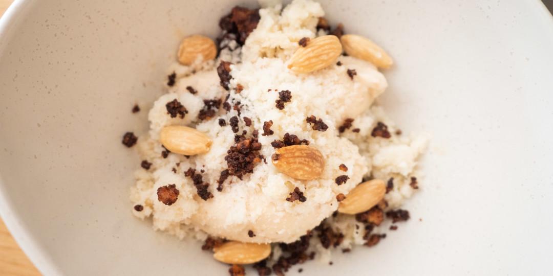 El Cubanito: orxata granissada, gelat de xixona i ametlles torrades