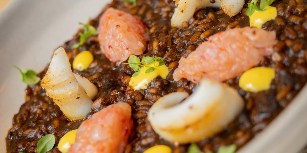 L'arròs de la senyoreta: arròs melós, tartar de gamba vermella i calamar